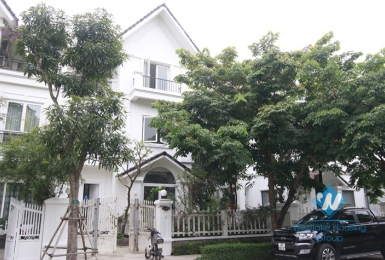 Villa with 4 bedrooms for rent in Vinhome  Riverside Long Bien, Hanoi.