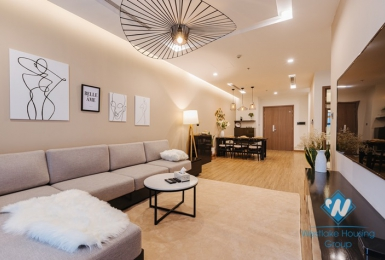 A charming apartment for rent in Vinhomes Metropolis, Ba Dinh