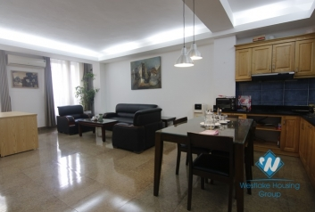 Reasonable price 2 bedrooms apartment for rent in Lang Ha st, Dong Da district.