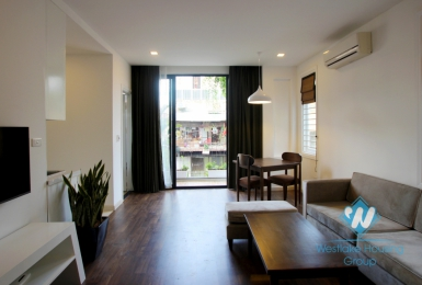 Mordern apartment for rent on Nguyen Chi Thanh Street, Ba Dinh District, Ha Noi
