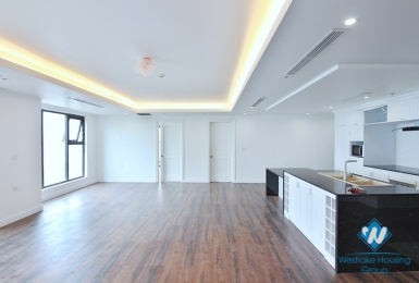 A stunning 4 bedroom apartment  for rent in D' Leroi Soleil, Xuan Dieu, Tay Ho