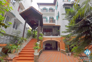 Unfurnished villa to rent in To ngoc van, Tay ho, Ha noi