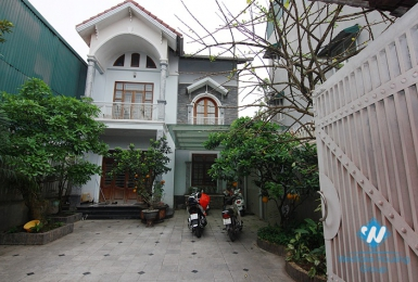Big yard and quiet house for rent in Tay Ho area