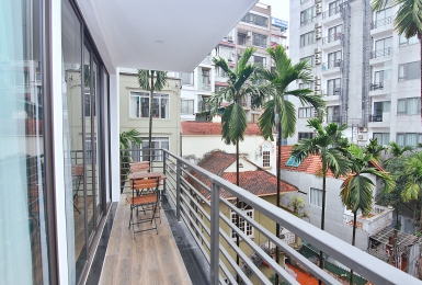 Modern and spacious 1-bedroom on To Ngoc Van Str.