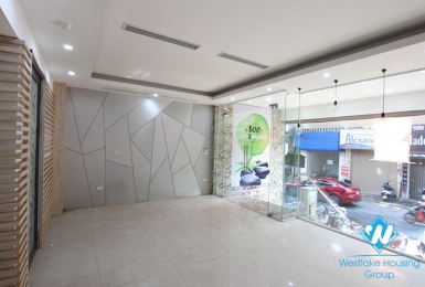 Good house for office, shop for rent in Yen phu, Tay ho, Hanoi