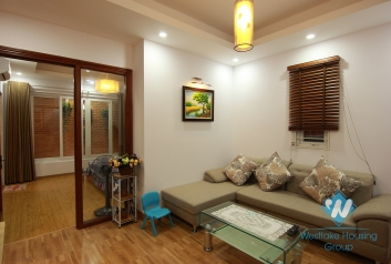 Nice and clean one bedroom apartment for rent in Lang Ha street, Dong Da district, Ha Noi