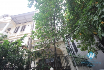 Unfirnished house with cheap price for rent in Tay Ho, Hanoi