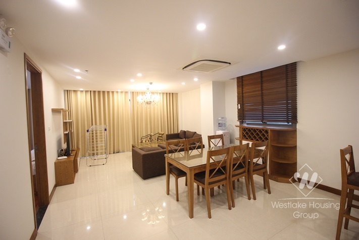 Very nice apartment for rent in Ba dinh district