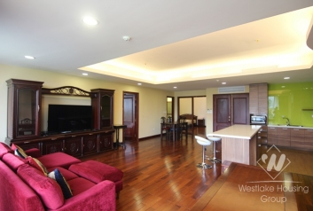 Large 02 bedrooms apartment for rent Xuan Dieu st, Tay Ho district.