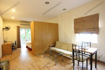 Deluxe studio apartment for rent in Hoan Kiem District, Hanoi