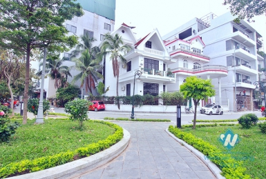 A nice 4 bedroom house next to the lake in Tay ho, Ha noi