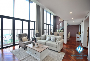 A splendid 3 bedroom apartment for rent on Pentstudio, Lac Long Quan street