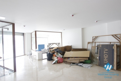 An office for rent in Tran Vu street, Truc Bach area