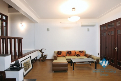 A good 3 bedroom house for rent in Xuan Dieu, Tay Ho, Ha Noi