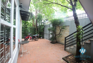 Lakeside garden house for rent in Tay Ho