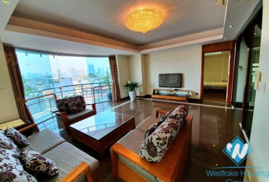 Spacious three bedrooms apartment for rent in Doi Can, Ba Dinh