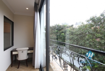 A luxury 2 bedroom apartment for rent on Yen Phu Street