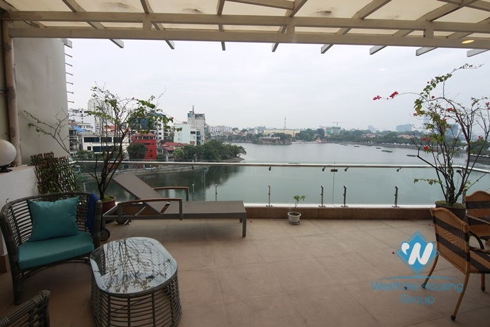 Lake view terrace studio for rent in Truc Bach, Ba Dinh