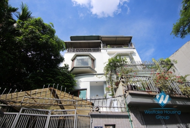 Large 4 bedrooms villa for rent in Tay Ho district