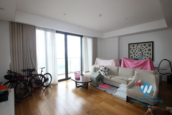 04 bedrooms apartment for rent in IPH,Cau Giay district.