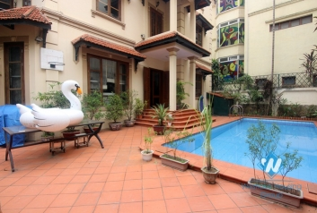 Swimming pool house with lots of space for rent in Tay Ho