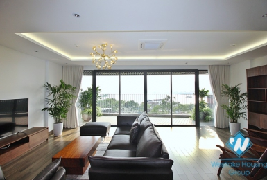 Lake view three bedrooms apartment for rent in Au Co street, Tay Ho district