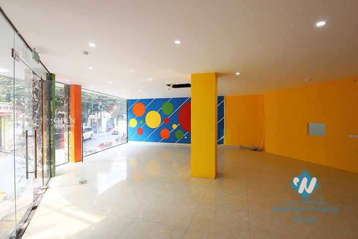Spacious office, shop for rent in To Ngoc Van st, Tay Ho.