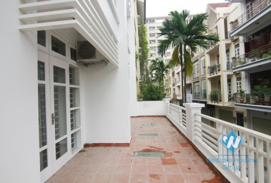 An official for rent in Cau Giay district, Hanoi