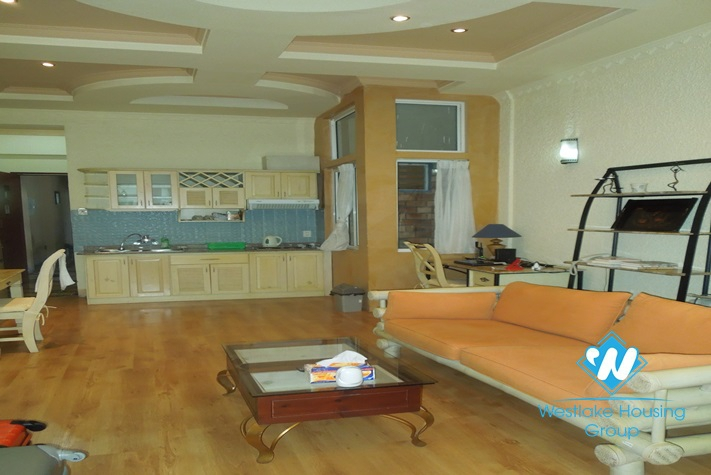 Studio with good designation for lease in Truc Bach area, Ba Dinh, Hanoi