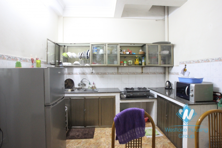 Fully furnishied and cheap house fo rent in Tay ho, Ha Noi