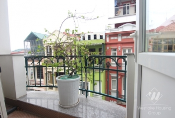 Studio with small balcony for rent in Ba Dinh