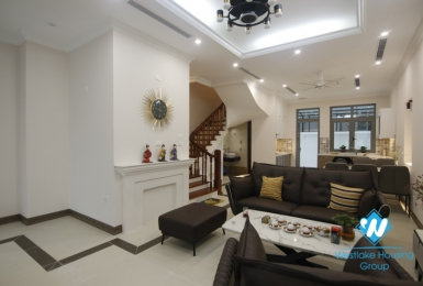 Newly completed four-bedroom townhouse for rent in Vinhome Harmony