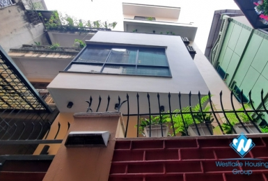 Four bedroom house for rent in the center of Hai Ba Trung district near Vincom Ba Trieu