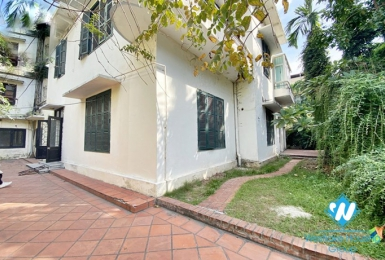 Large yard villa for rent as office, restaurant or in Hoan Kiem.