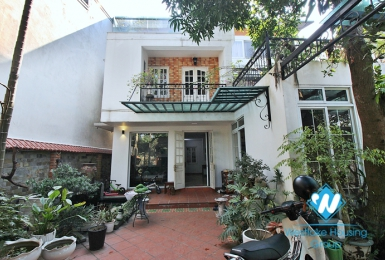 A calm, lovely house on An Duong for rent