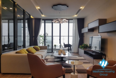 A Spacious Luxury 4 bedroom apartment  with lake view for rent in Metropolis - M1