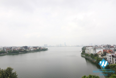 Top floor-breaking view 1+ beroom apartment for rent on Xuan Dieu street