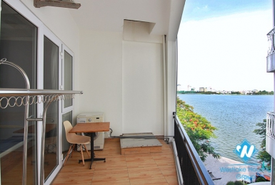 A Lake-view Nice Studio on Ve Ho street, Tay Ho for lease