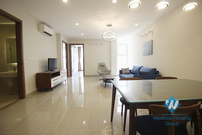 cheap three bedrooms apartment for rent in l building