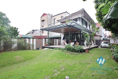 A green house near red river with huge size for rent in Ngoc Thuy, Long Bien district.