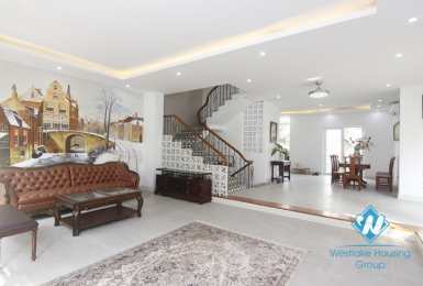 A beautiful and luxury villa for rent in Vinhome Riverside - Long Bien
