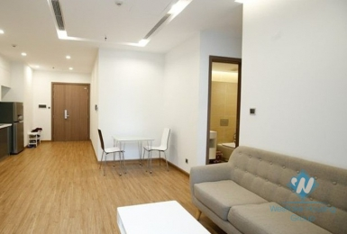 Single apartment for rent in Vinhome Metropolis, Lieu Giai street, Ha Noi