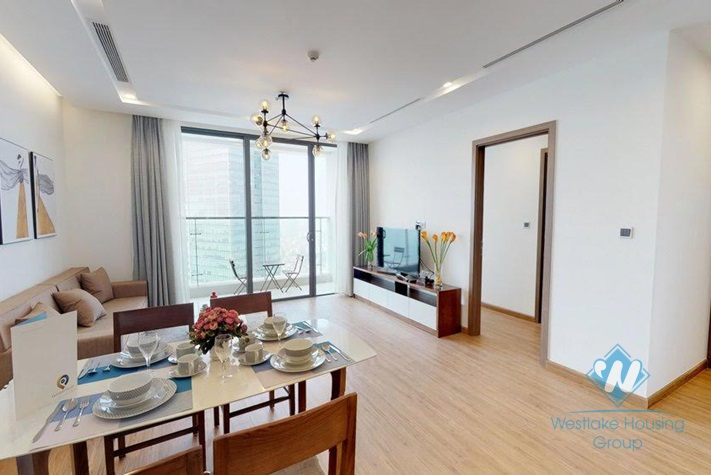 Nice and high floor two bedrooms apartment for rent in Vinhome Metropoplis, Ha Noi