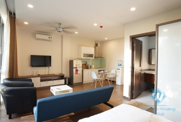 Nice and clean studio apartment for rent in Dong Da district, Ha Noi