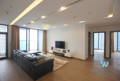 Luxury four bedrooms apartment for rent in Vinhome Metropolis, Ba Dinh district, Ha Noi.