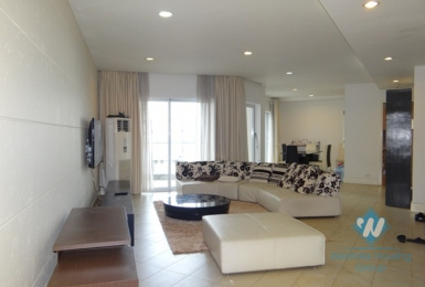 High floor three bedrooms apartment for rent in Golden Westlake, Ha Noi