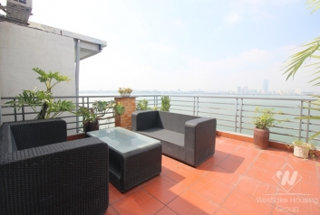 Nice design 02 bedrooms apartment with lake view for rent near Sheraton Hotel