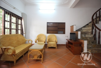 A cosy and good price house with 3 bedrooms for rent in Au Co, Tay Ho, Ha Noi