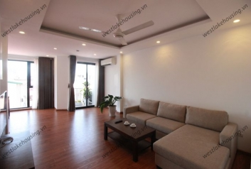 Gorgeous 2 bedrooms apartment for rent near Daewoo hotel, Kim Ma, Ba Dinh, Hanoi