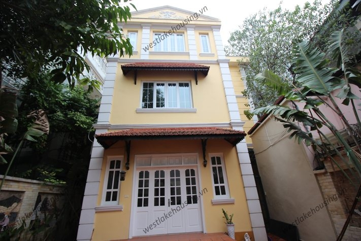 Lovely villa for rent on To Ngoc Van, Tay Ho, Hanoi